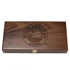 Дървена кутия за револвер NAA за 3 оръжия